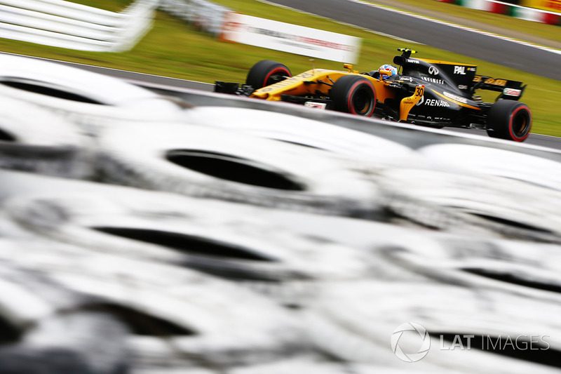 18: Jolyon Palmer, Renault Sport F1 Team RS17 (inc 20-place grid penalty)