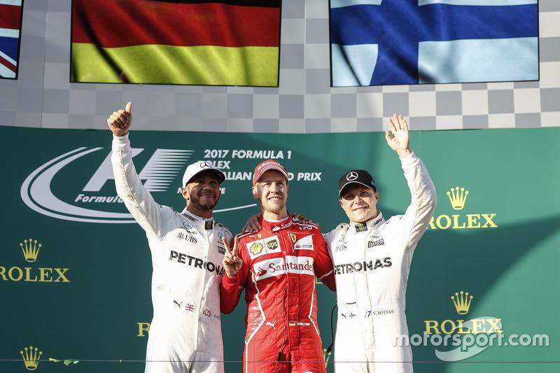 Podum: 1. Sebastian Vettel, Ferrari; 2. Lewis Hamilton, Mercedes AMG F1; 3. Valtteri Bottas, Mercedes AMG F1