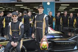 Foto de grupo Techeetah team, Jean-Eric Vergne y Esteban Gutiérrez