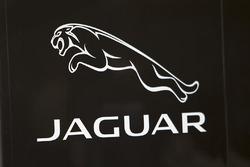 Logo de Jaguar Racing
