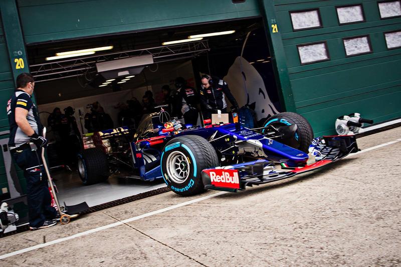 Carlos Sainz Jr., Toro Rosso STR12