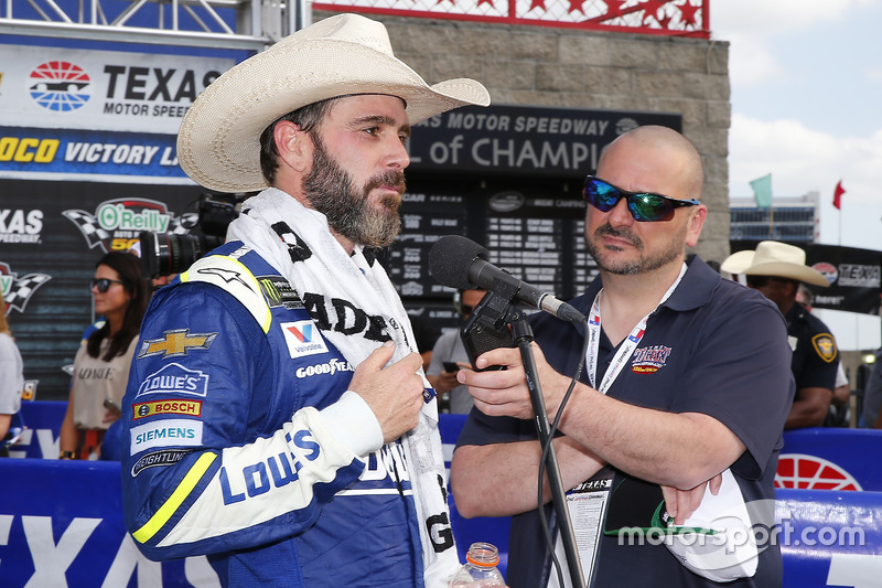 Jimmie Johnson, Hendrick Motorsports Chevrolet celebrates in victory lane