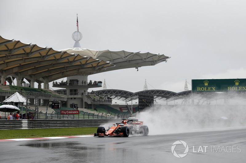Фернандо Алонсо, McLaren MCL32, з Halo