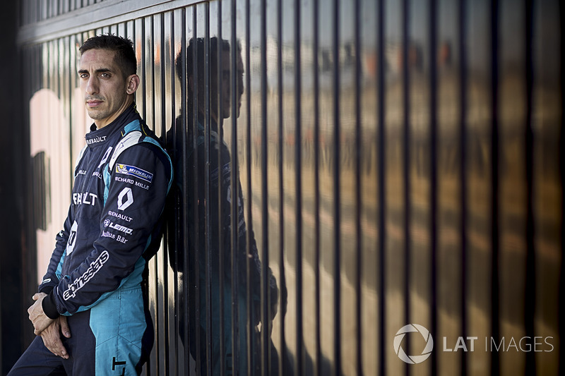 "<img src=""https://cdn-8.motorsport.com/static/img/cfp/0/0/0/200/208/s3/switzerland-3.jpg"" alt="""" width=""20"" height=""12"" />#9 Sebastien Buemi, Renault e.Dams"