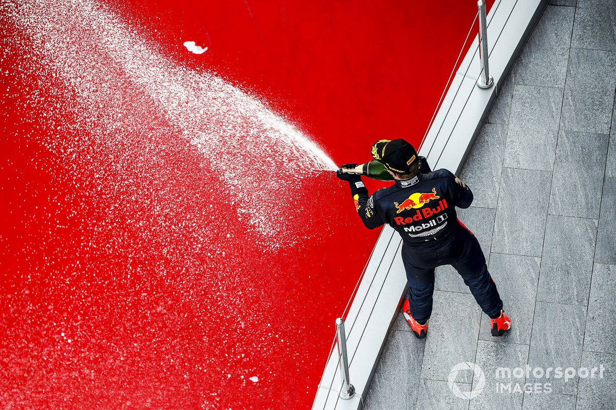 Max Verstappen, Red Bull Racing celebrates on the podium with the chamapagne