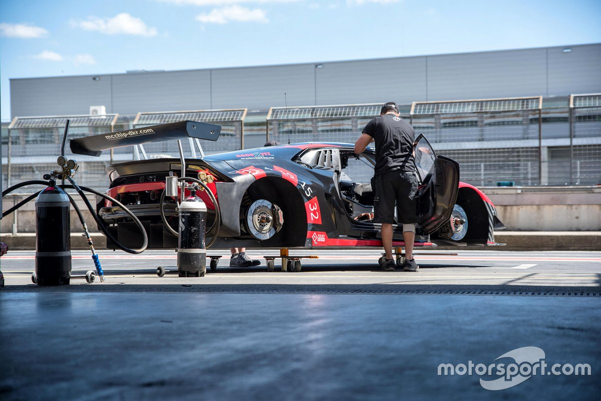 Nico Hülkenberg testet GT3