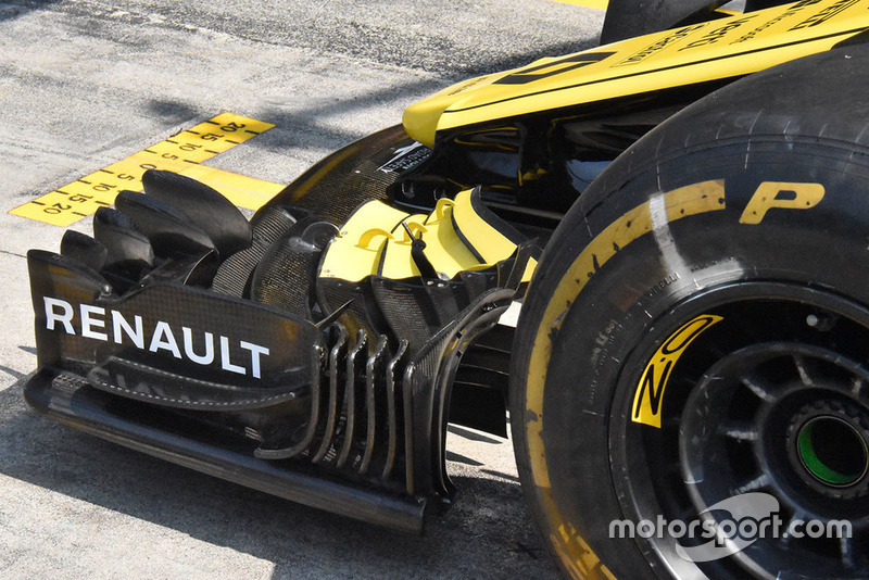 Renault F1 front wing detail