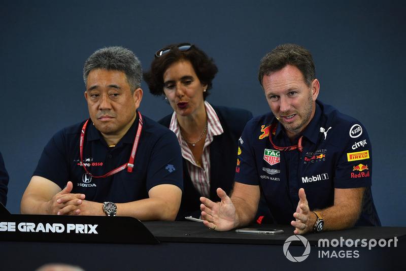 Генеральный менеджер Honda Motorsport Масаси Ямамото и руководитель Red Bull Racing Кристиан Хорнер