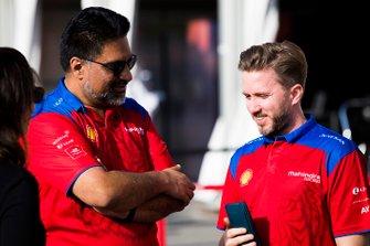 Dilbagh Gill, Team Principal, Mahindra Racing, avec Nick Heidfeld