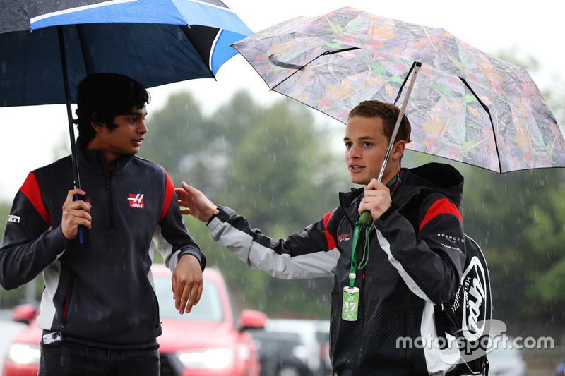 Santino Ferrucci, test and development driver, Haas F1 Team VF-17, Arjun Maini, Development Driver, Haas F1 Team Team