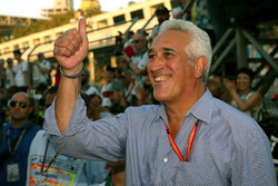 Lawrence Stroll, father of Lance Stroll, Williams celebrates in parc ferme