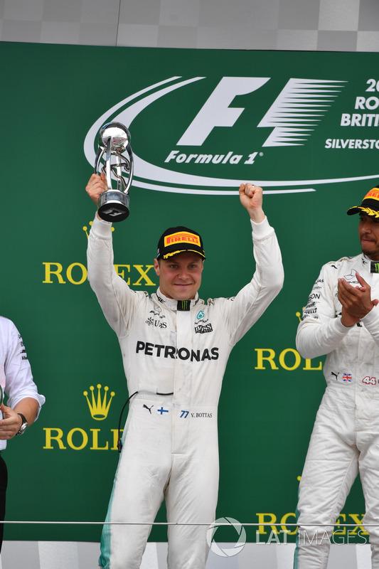 Valtteri Bottas, Mercedes AMG F1 celebra en el podio