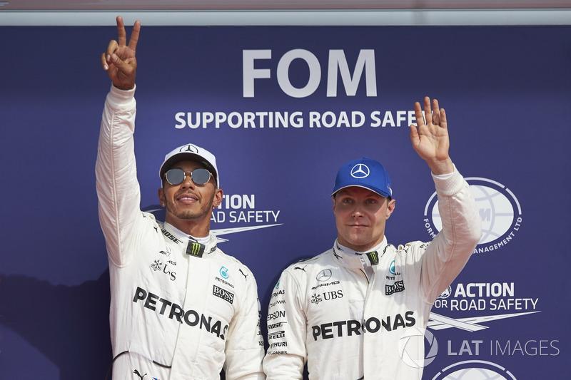 Pole man Lewis Hamilton, Mercedes AMG F1, team mate Valtteri Bottas, Mercedes AMG F1