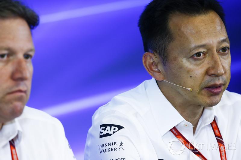 Yusuke Hasegawa, Director Gerente a oficial de Honda, en la Conferencia de prensa FIA
