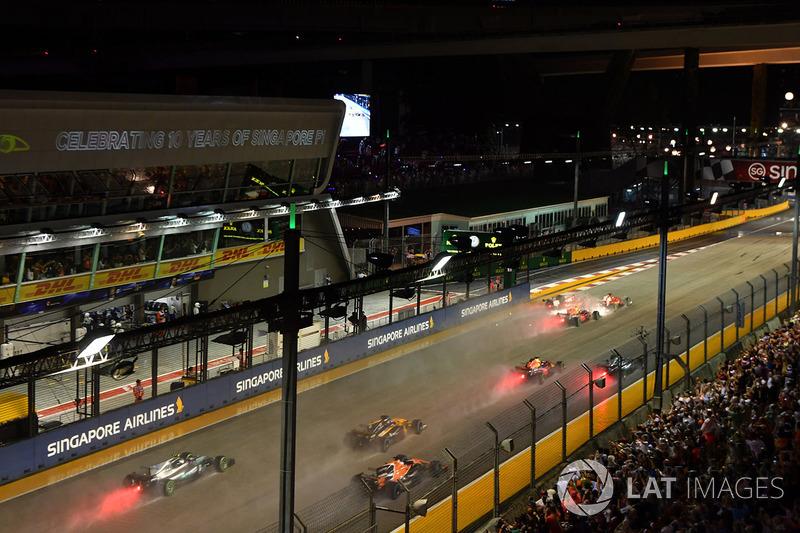 Себастьян Феттель, Ferrari SF70H, Макс Ферстаппен, Red Bull Racing RB13, Кімі Райкконен, Ferrari SF7