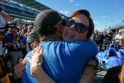 Emma Dixon gets a hug from Tony Kanaan