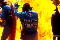 Fire during pit stop of Jos Verstappen, Benetton B194 Ford