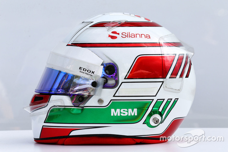 Helm von Antonio Giovinazzi, Sauber