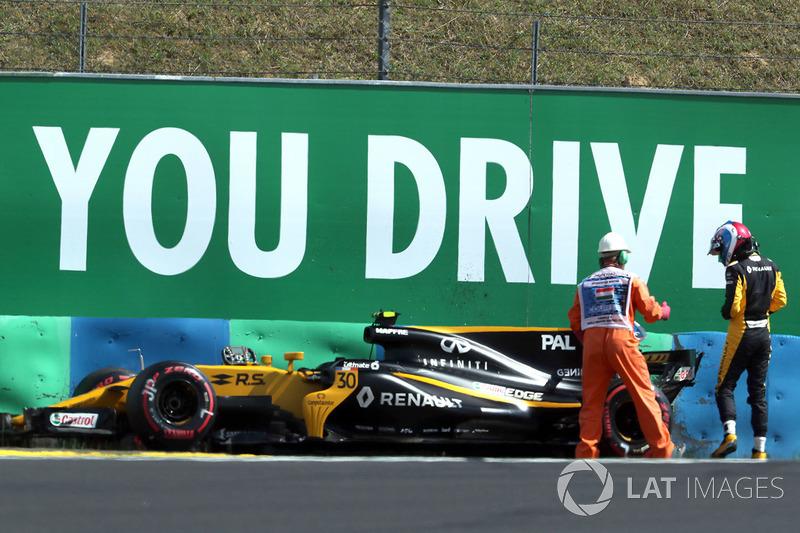 Palmer também acabou ficando marcado por alguns erros de pilotagem – um deles aconteceu justamente na Hungria.