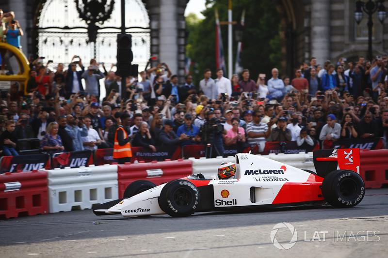 Stoffel Vandoorne, McLaren, en el McLaren MP4/6