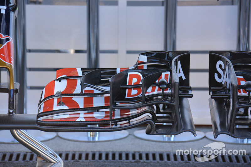Переднее крыло Toro Rosso STR 11