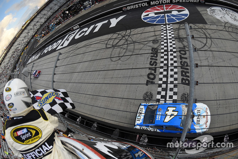 2016, Bristol 2: Kevin Harvick (Stewart/Haas-Chevrolet)