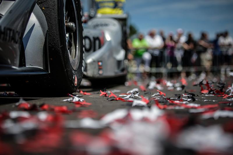 Race winner Will Power, Team Penske Chevrolet detail