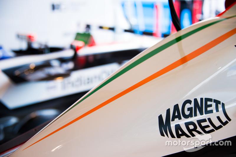 Magneti Marelli Logo am Mahindra Racing Fahrzeug