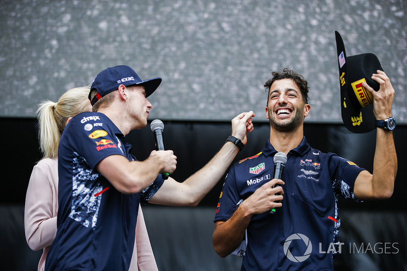 Max Verstappen, Red Bull, Daniel Ricciardo, Red Bull Racing, on the F1 stage