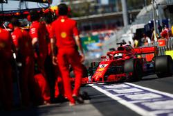 Sebastian Vettel, Ferrari SF71H, in the pit lane