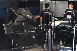 Днище Mercedes AMG F1 W08