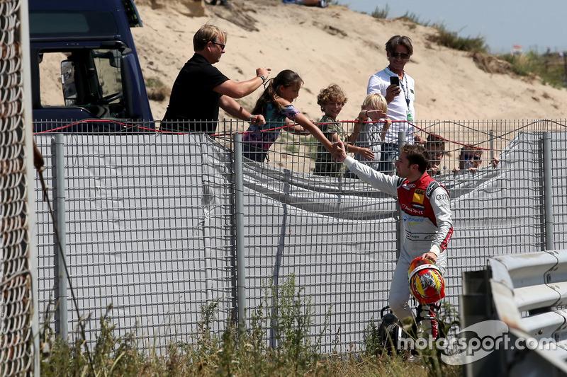 Robin Frijns, Audi Sport Team Abt Sportsline with fans
