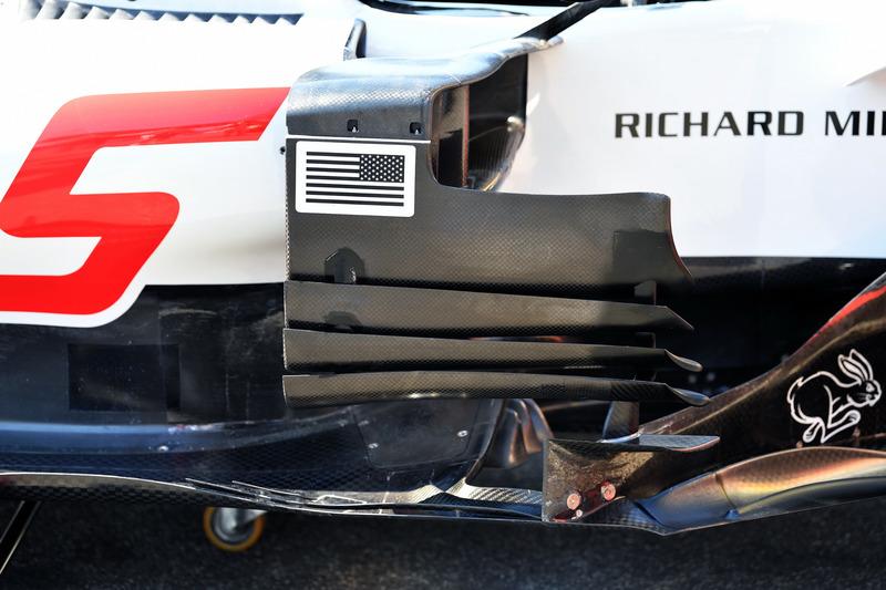 Detalle del bargeboard del Haas F1 Team VF-18