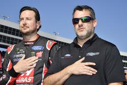 Kurt Busch, Stewart-Haas Racing Ford, mit Tony Stewart