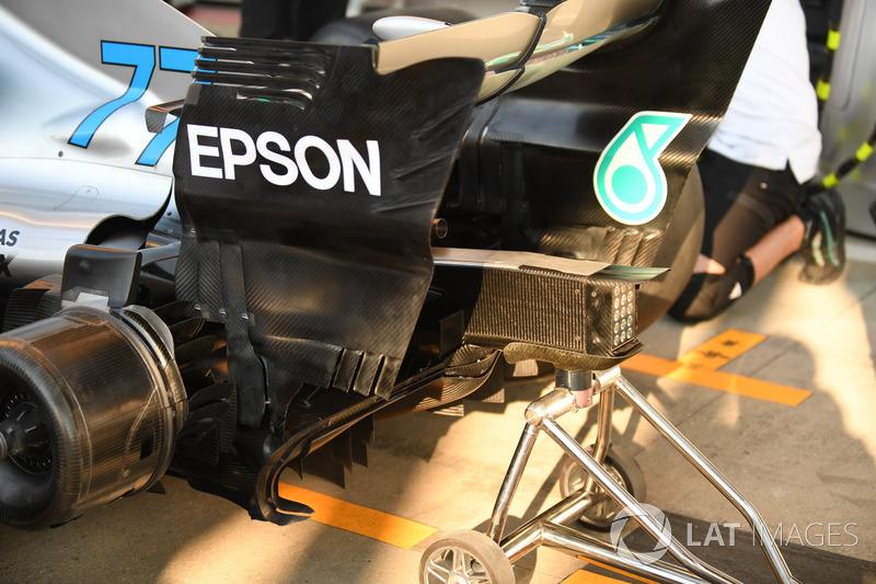 L'arrière de la Mercedes-AMG F1 W09
