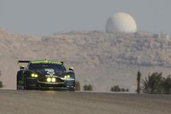 #97 Aston Martin Racing Aston Martin Vantage: Даррен Тьорнер, Джонні Адам