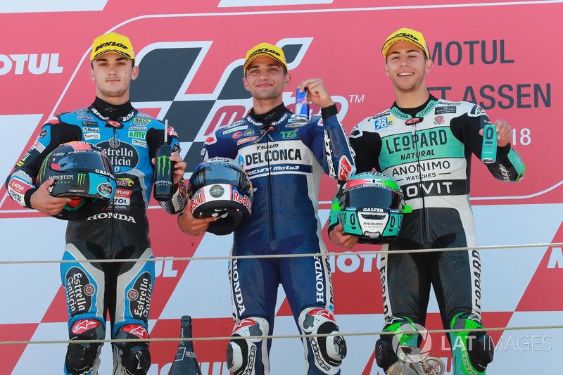 Podio: il secondo classificato Aron Canet, Estrella Galicia 0,0, il vincitore della gara Jorge Martin, Del Conca Gresini Racing Moto3, il terzo classificato Enea Bastianini, Leopard Racing