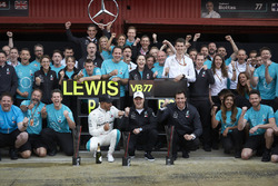 Lewis Hamilton, Mercedes AMG F1, Valtteri Bottas, Mercedes AMG F1, Toto Wolff, Mercedes AMG