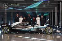 Valtteri Bottas, Mercedes AMG F1, Lewis Hamilton, Mercedes AMG F1, Toto Wolff, Executive Director Mercedes AMG F1, James Allison, Mercedes AMG F1 Technical Director