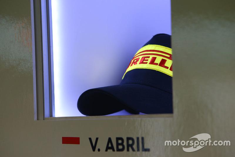 Pirelli cap of Vincent Abril, Bentley Team M-Sport