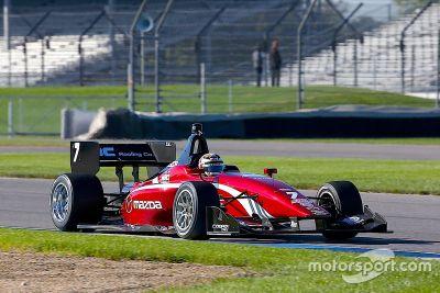 Essais Mazda Road to Indy