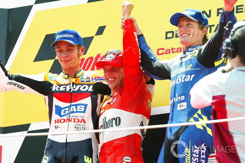 Podio: Loris Capirossi, Valentino Rossi e Sete Gibernau