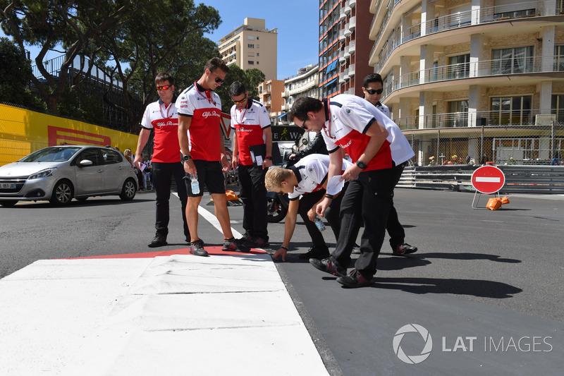 Marcus Ericsson, Sauber lors de la reconnaissance de piste