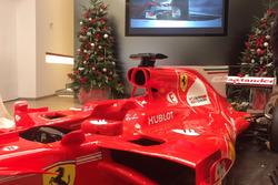 Ferrari SF70H e gli alberi di Natale