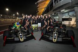 2017 champion Pietro Fittipaldi, Lotus, celebrates with his team
