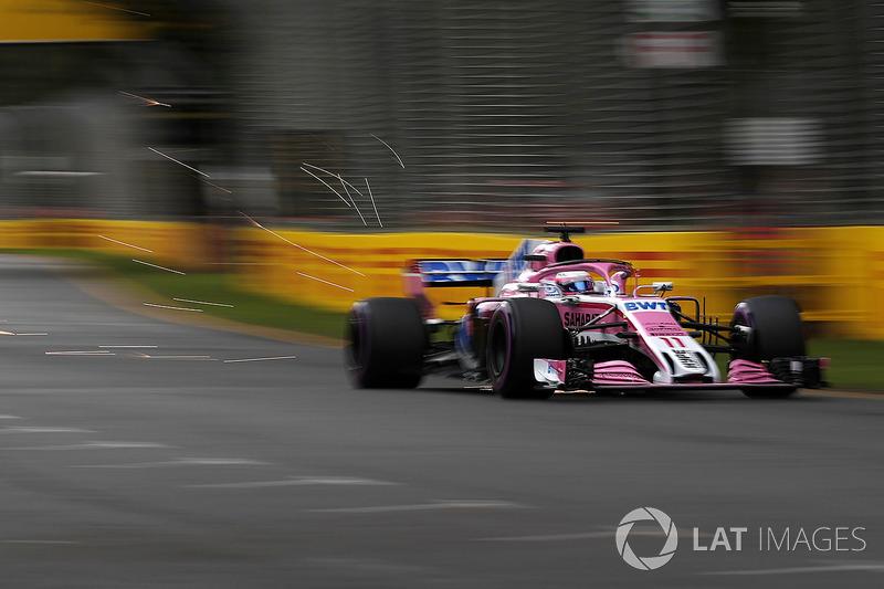 Sergio Perez, Force India VJM11 kıvılcımlar