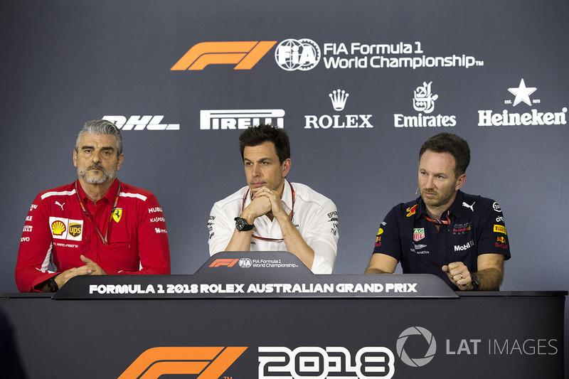 Maurizio Arrivabene, Ferrari Team Principal, Toto Wolff, Mercedes AMG F1 y Christian Horner, Red Bull Racing Team Principal