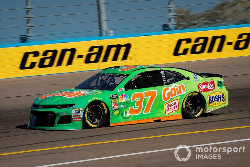 25. Chris Buescher, JTG Daugherty Racing, Chevrolet Camaro Gain