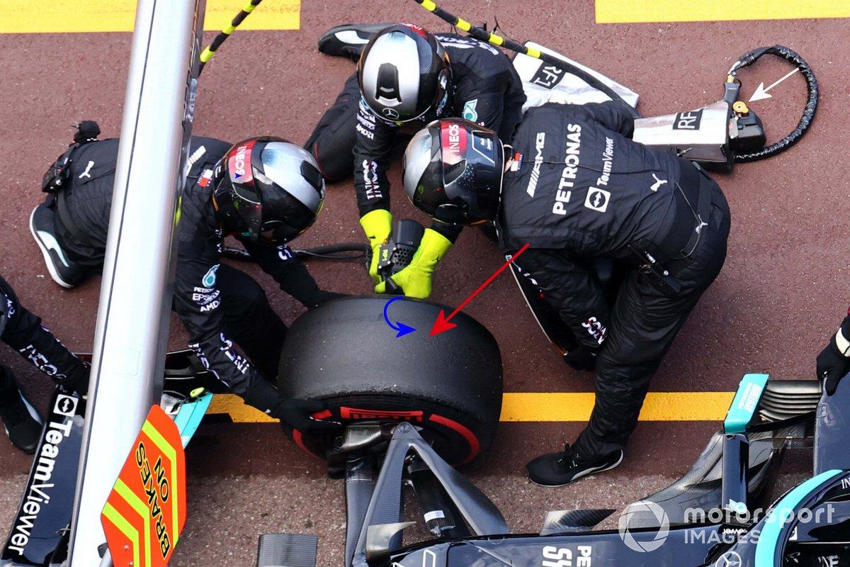 Valtteri Bottas, Mercedes W12 pitstop