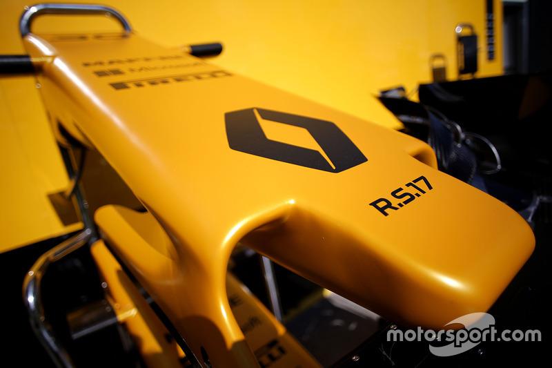 A primeira fase de temporada para a Renault envolveu uma recuperação tímida dentro da pista e especulações com seus pilotos fora dela.